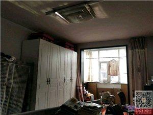 日杂小区2室 1厅 1卫24.8万元