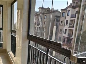 凤凰城二期3室 2厅 2卫119万元