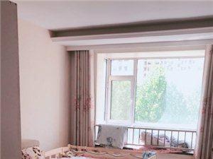 怡和名士豪庭4室 2厅 2卫1500元/月