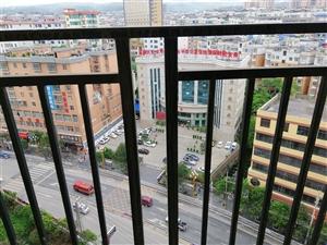 得庭财富广场4室 2厅 2卫81.83万元