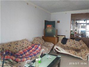 鸿鸿园小区2室 2厅 1卫36万元