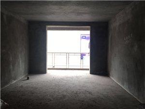 步行街3室 2厅 2卫53.8万元