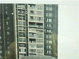 中铁仁禾广场2室 1厅 2卫2500万元