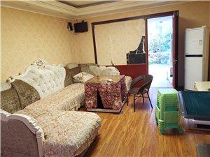 惠邦一期4室 1厅 2卫3200元/月