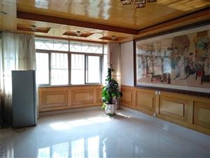双龙小街二楼三室两厅一卫36.9万元