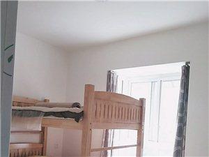新地滨海国际3室 2厅 2卫1万9一年
