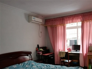 香怡小区3室 2厅 2卫1200元/月
