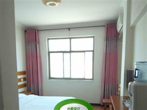 单身公寓1室 0厅 1卫350元/月