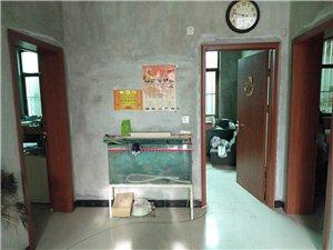 关中路民房3室 1厅 1卫380元/月