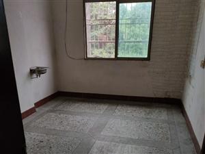 城北加油站对面1室 1厅 1卫350元/月