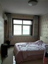 隆泰佳苑3室,电梯,顶层4800一平,全款包更名