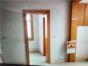 公路局2室 1厅 1卫26万元