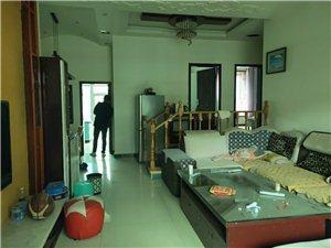 金龙花园120平精装房3室 2厅 2卫63.8万元
