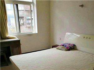 南山村3楼2室 2厅 1卫700元/月