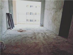 恒福家园3室 2厅 2卫58万元