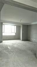 大海经典14楼3室 2厅 2卫带储藏室104万元