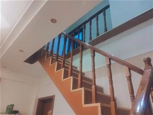 廉租房复式楼5室 1厅 2卫62万元