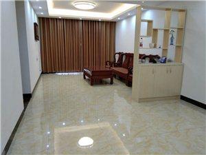金牌大酒店旁学区房4室 2厅 2卫1800元/月
