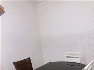 林美花園4室 2廳 2衛1800元/月