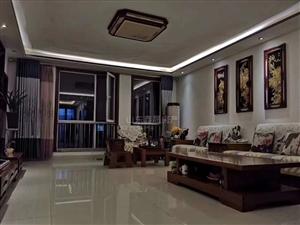 开元新城带车库4室2厅2卫227万元