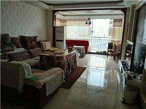 阳光城3室 2厅 2卫768万元