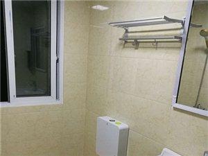 大十字二期电梯新房子两室两厅1600一个月有家具出