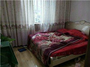 昕旺花园4室 2厅 2卫60万元