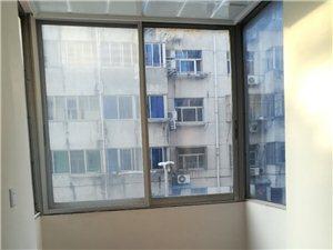 王彭小区3室 1厅 1卫1200元/月