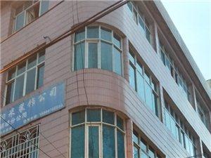 乌峰路商铺加住房310平210万元