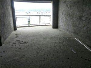龙腾锦城120平中间楼层13楼明厨明卫