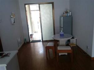 阳光水岸2室 1厅 1卫8000元/月