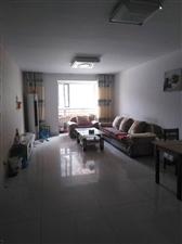 帝景城,两室两厅,家具齐全,拎包入住,年租1.5万