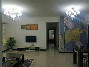 阳光城 精装修,3室 2厅 2卫月租2800元/月
