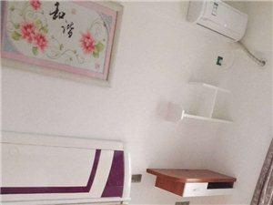 君悦华庭3室 2厅 2卫2600元/月