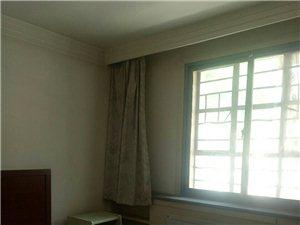 雍和街3室 1厅 1卫1100元/月