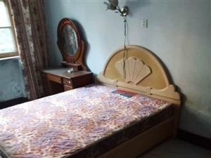富居丽景3室 1厅 1卫700元/月