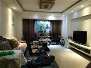 时代广场120平卖70万单价投5833元一平带家具