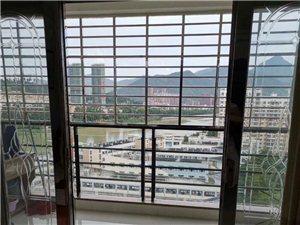 蓝溪国际4室 2厅 2卫133万元