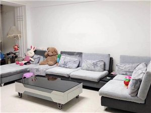 紫轩二期3室 2厅 1卫2300元/月