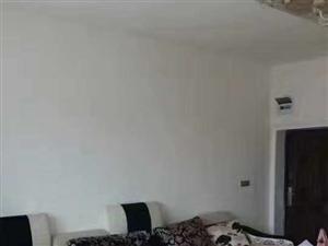 龙腾锦城3室 2厅 1卫1500元/月