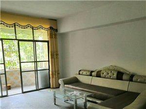 骏景花园三期对面4室 2厅 2卫1500元/月