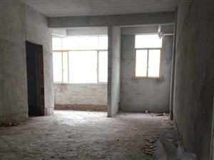北門嶺背4室 4廳 2衛31萬元