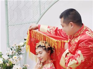 1月29日,寻找一名专业的婚礼摄影师。