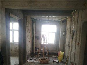 專業家裝木工,油漆,膩子,石膏線。