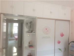 家装粉刷贴壁纸乳胶漆拆除刮大白列逢修补铲墙