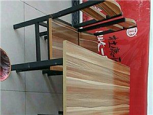 饺子馆桌子,凳子,保鲜柜,和面机,面皮机便宜处理