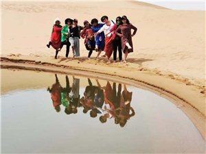 宁夏旅游包车至阿拉善腾格里沙漠徒步,宿营体验