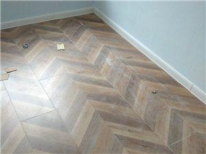 專業無塵安裝木地板