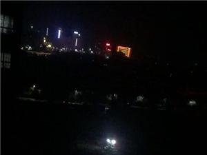 公元金品.银凯小区项目夜间通宵施工,噪音扰民