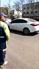赵庄路口发生车祸